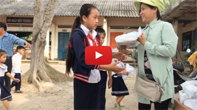 Video | Distributing the exercise books
