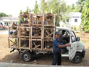 The spinning machines are delivered by truck